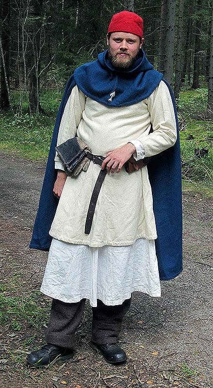 Högt uppsatt riddarbroder i klosterdräkt