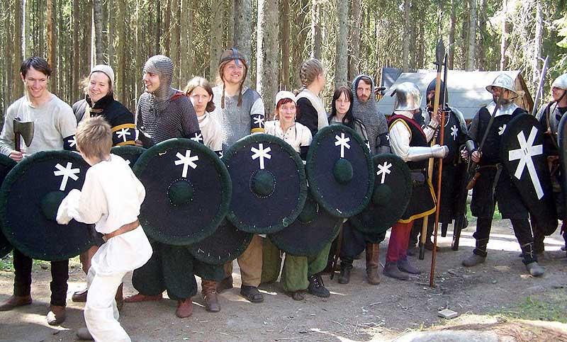 Några Furstliga soldater; talviska auxiliärer till vänster och legionärer till höger. Foto: Peter Engström
