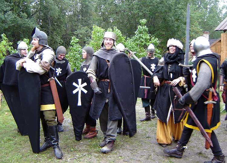 Några av de Furstliga legionärer som ingick i expeditionens eskort, här mer avslappnade.  Foto: Susanna Torstensson