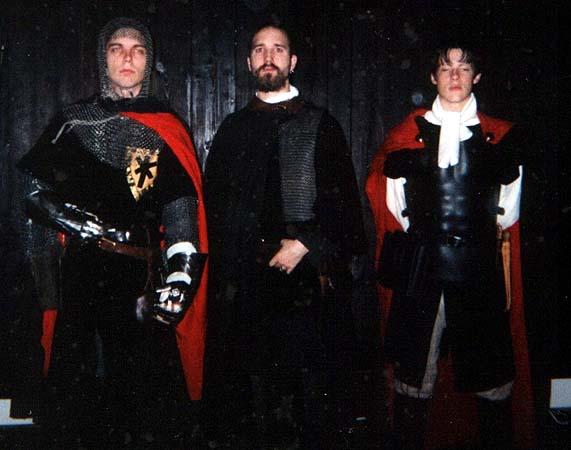 Tre Furstliga stabsofficerare under belägringen av Geda 1142. Fr v: Överstelöjtnant Sofus Dirk, överste Icham Järv, aspirant Herman.